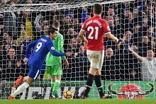 Mourinho belum menyerah, City terus tunjuk gagah