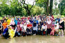 Hujan tidak halang tradisi berkhemah, berkumpul sempena Tahun Baru