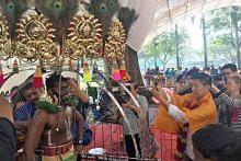 Ramai anggota masyarakat berbilang kaum saksikan sambutan Thaipusam