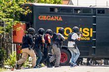 Tentera dikerah sertai polis basmi pengganasan