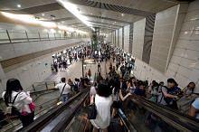 Suku projek peningkatan eskalator SMRT selesai, baki siap hujung 2021