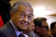 Mahathir sahkan temu pembangkang, mahu beliau tamatkan tempoh penuh PM