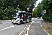 Pengunjung ke Sentosa boleh tempah, naiki bas autonomi guna aplikasi