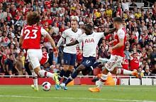 BOLA SEPAK LIGA PERDANA ENGLAND Arsenal, Spurs belum mampu bergaya; Man Utd belum menjadi