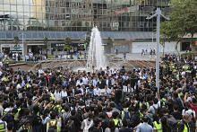 PILIHAN RAYA HONG KONG Pembangkang prodemokrasi menang besar