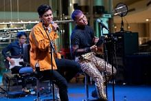 Demi seni, Izat dan Farhan 'Come Together'