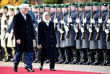 Syarikat Jerman sumbang kepada pembangunan S'pura: Presiden Halimah