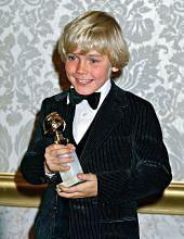 Schroder penerima Golden Globes termuda