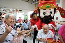 SPH agih 120 beg habuan sempena Tahun Baru Cina