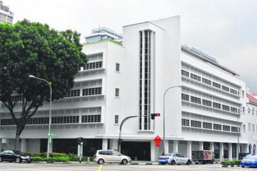 PUSAT SEHENTI: Pusat Reka Bentuk Nasional (NDC) yang baru terletak di Middle Road akan mengendalikan kursus dan latihan dalam bidang reka bentuk. - Foto JOHARI RAHMAT