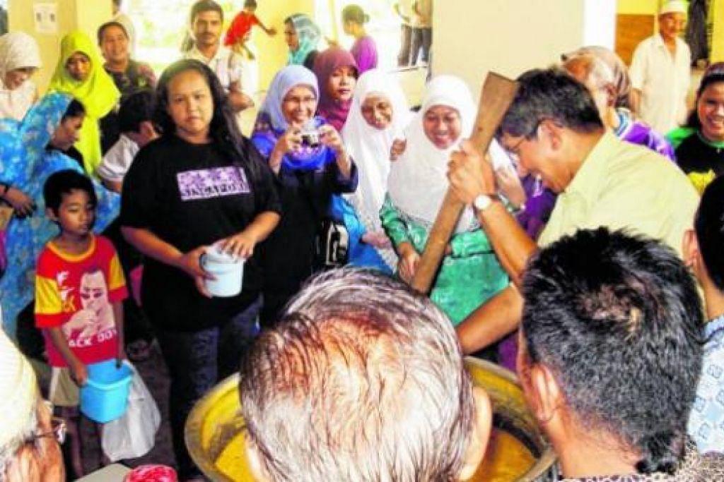 MESTI 'TURUN PADANG': Dr Yaacob berkata calon AP Melayu yang berpotensi harus mempunyai cukup pendedahan bagi kerja-kerja masyarakat dan bergaul dengan masyarakat Melayu-Islam supaya dapat memahami keprihatinan mereka.