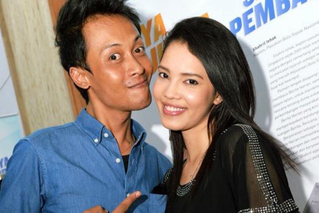 KALAU DAH JODOH: Faizal Rahman dan Dawn Prima Ria akur wujud banyak persamaan dan keserasian antara mereka. - Foto KHALID BABA