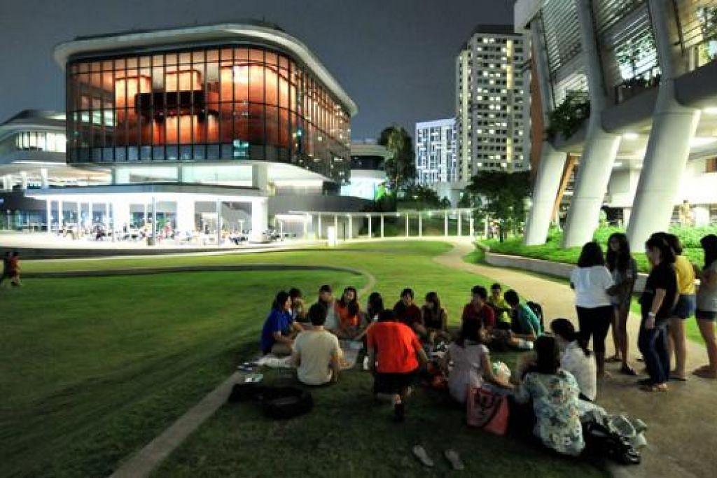 PERLU BERWASPADA: Kawasan University Town (UTown) Universiti Nasional Singapura (NUS) ini didiami sekitar 1,800 pelajar. - Foto FAIL