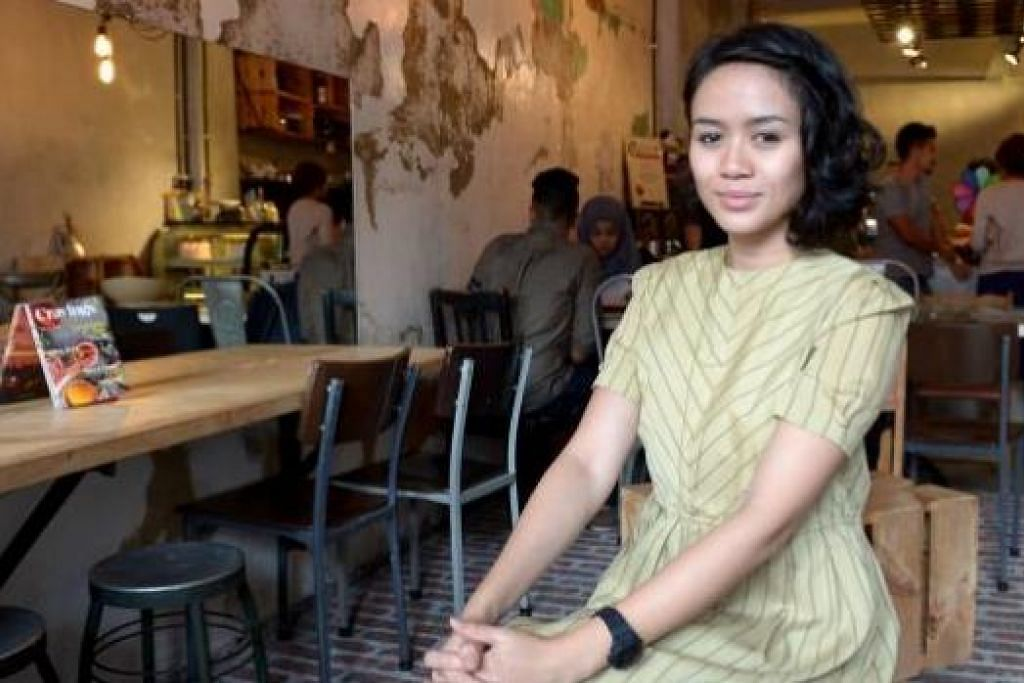 KEMBALI DI KACA TV: Fizah Nizam yang sudah lama tidak muncul di kaca televisyen akan berlakon dalam satu telemovie, Demi Adriana, yang akan ditayangkan pada hujung tahun nanti di saluran Suria.