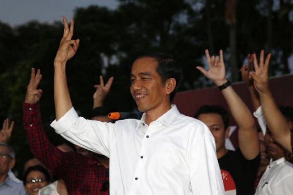 PERKEMBANGAN POLITIK POSITIF: Encik Joko Widodo telah memenangi pilihan raya presiden Indonesia. Encik Lee ingin bekerjasama dengan Encik Joko bagi memperkukuhkan hubungan dua hala dan meneroka bidang-bidang kerjasama baru.