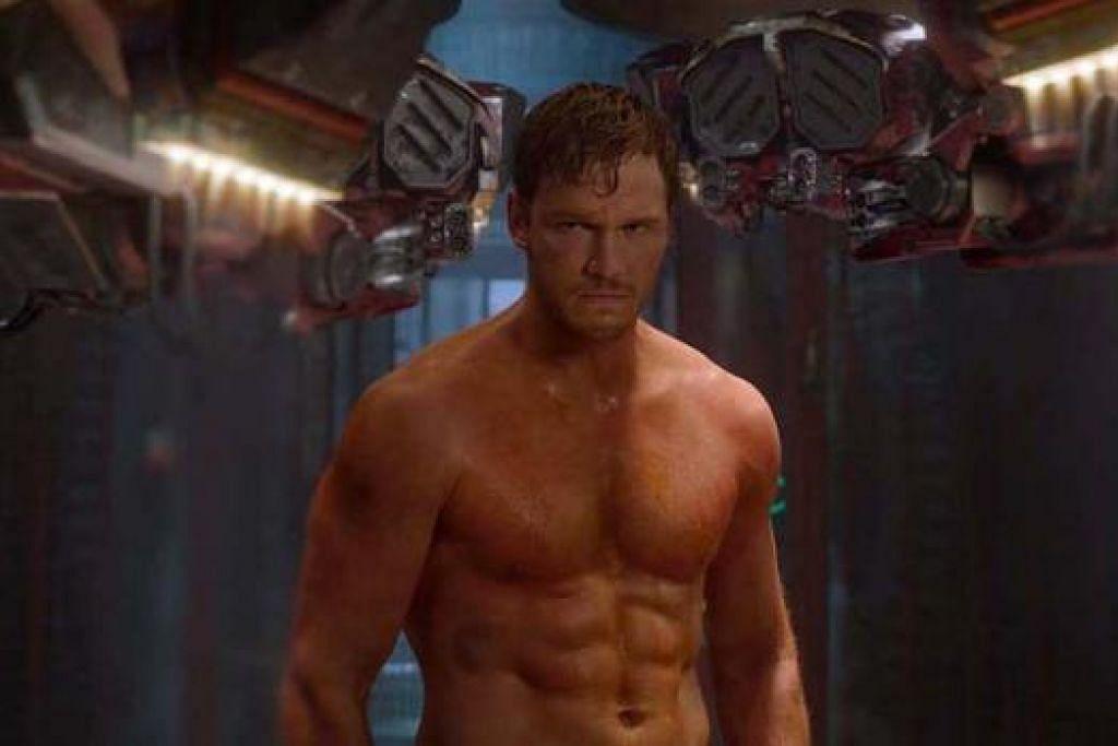 LEBIH SASA: Selepas menjalani rejim latihan senaman yang ketat untuk membawakan watak Quill dalam filem Guardians Of The Galaxy, tubuh Chris Pratt kini lebih sasa dan berotot. - Foto WALT DISNEY