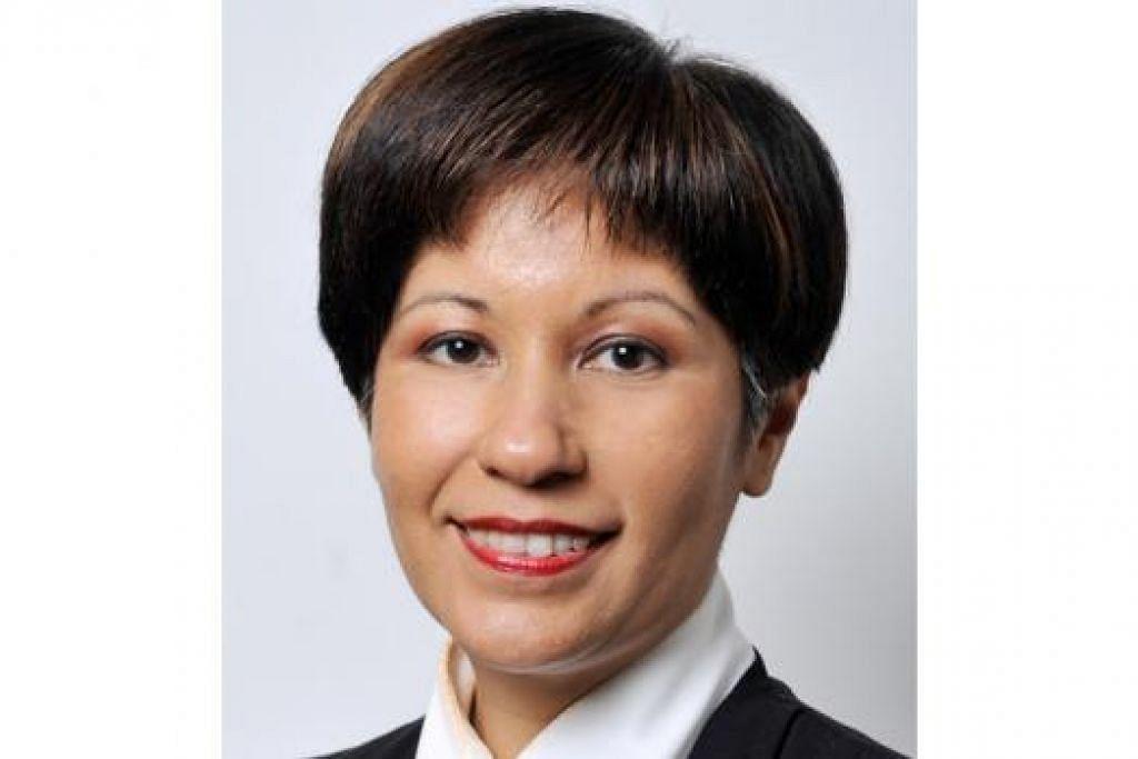 """Kita perlukan kerjasama majikan untuk memastikan apa yang dipelajari di politeknik dan ITE relevan bagi industri dan majikan juga perlu menggalak dan menyokong pembangunan tenaga manusia serta melaksanakan dasar tenaga manusia yang progresif."" - Cik Indranee Rajah."