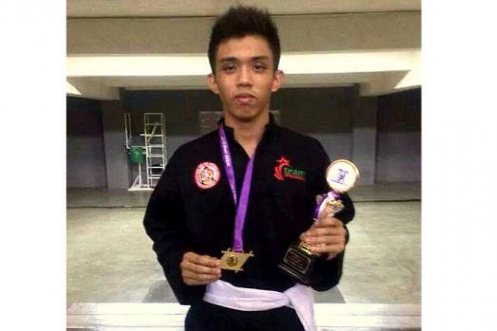 IRHAM MUSTAFA KAMAL: Pesilat berusia 16 tahun ini bukan sahaja memenangi acara Kelas D, malah meraih gelaran Pesilat Lelaki Terbaik kejohanan di Jakarta, Indonesia itu.