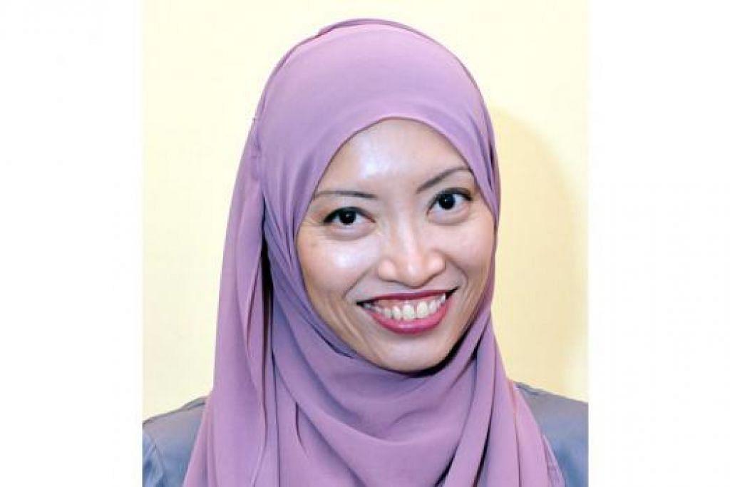 PENGGIAT BAHASA: Encik Zaibaktian, Dr Elly Sabrina (gambar) dan Cik Asnida memilih menggunakan bahasa Melayu ketika menjalankan tugas mereka sebagai penyanyi, doktor dan pendidik. - Foto-foto KHALID BABA