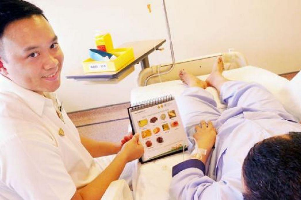 BANYAK GANJARAN: Kerjaya jururawat memberi Encik Rizwan bukan sahaja banyak peluang mempertingkat diri, bahkan pengalaman bermakna menjaga pesakit. - Foto JOHARI RAHMAT
