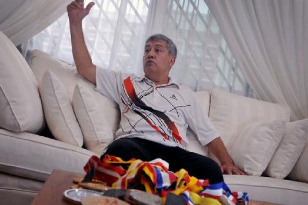 JELASKAN KEADAAN: Samad Allapitchay berkata beliau tidak berada dalam kesempitan. - Foto fail