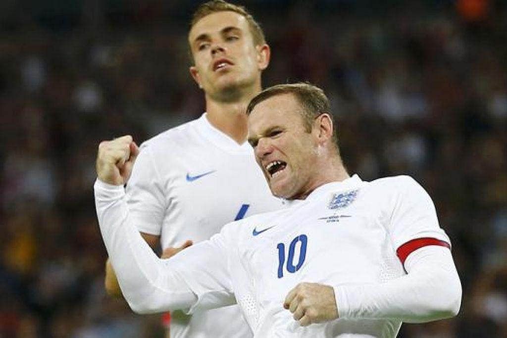 RAIKAN GOL: Wayne Rooney (depan) meraikan gol pertamanya sebagai kapten baru England dalam pertemuan dengan Norway dinihari semalam. - Foto REUTERS