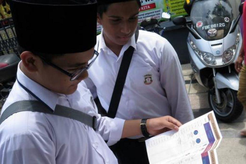 TARIK LEBIH RAMAI PESERTA: Penganjur Bulan Bahasa berharap lebih ramai orang akan sertai Bulan Bahasa tahun ini melebihi 10,800 orang yang dicatatkan tahun lalu. - Foto FACEBOOK.
