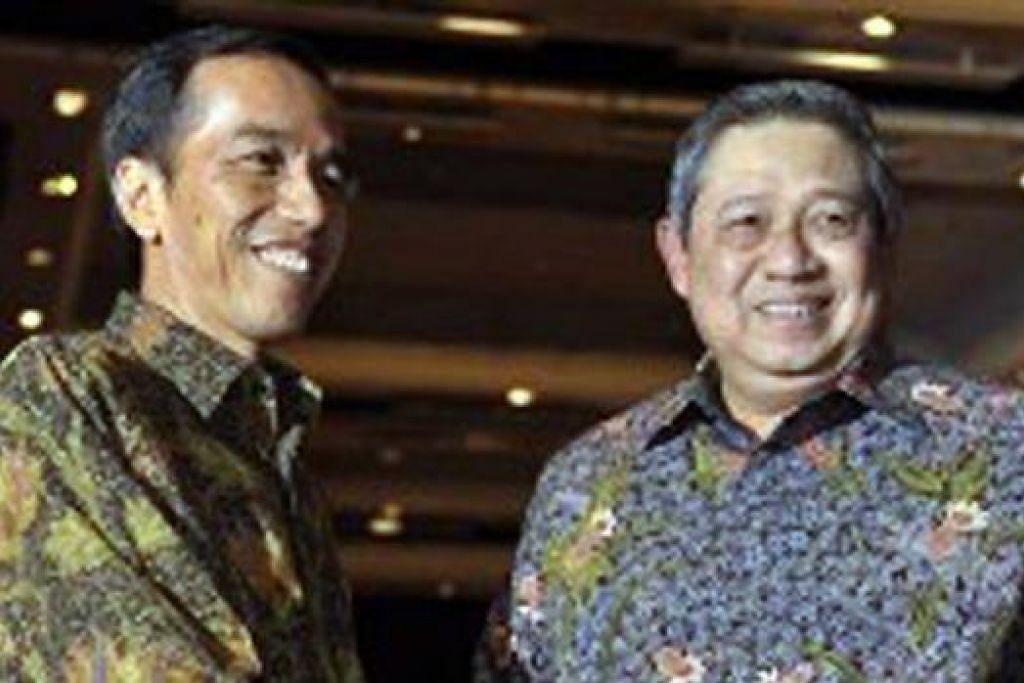 AMBIL ALIH: Bulan depan, Encik Joko Widodo akan mengangkat sumpah sebagai Presiden Indonesia, menggantikan Presiden Bambang Susilo Yudhoyono. - Foto ANTARA