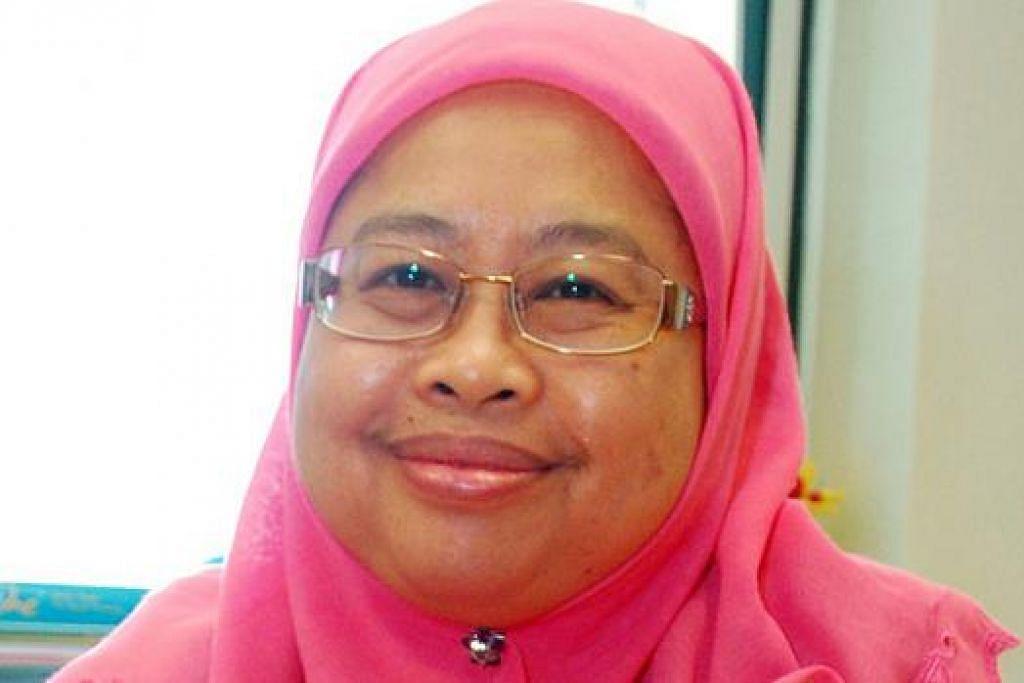 Profesor Madya Dr Hadijah Rahmat: Berpendapat proses mendokumentasikan karya persuratan perlu dikendalikan secara berterusan bagi rujukan generasi akan datang. - Foto KHALID BABA