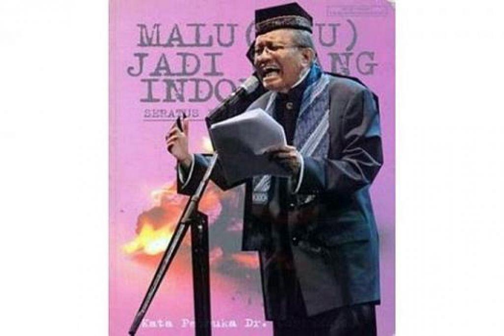 """BUKU PUISI: Dr Taufiq Ismail berteriak """"Masih malu"""", dalam sesi Pertemuan Penyair Nusantara Ketujuh di Singapura, walaupun zaman reformasi Indonesia yang menjatuhkan orang kuat tentera Suharto pada 1998 sudah berlalu. - Foto INTERNET"""