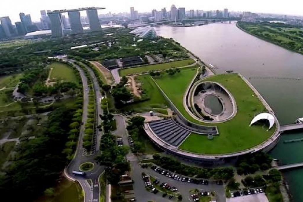 TIADA BATASAN: Gambar yang dipetik daripada video rakaman Theme Photography ini menunjukkan keindahan kawasan Bendungan Marina tanpa batasan dari angkasa. - Foto THEME PHOTOGRAPHY