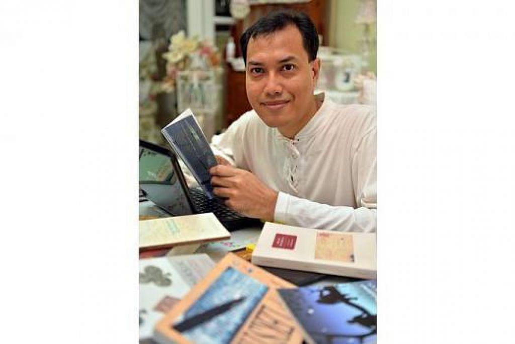 SUNTIK SIKAP POSITIF DALAM KARYA: Encik Shaffiq Selamat menggunakan bahasa yang mudah, indah dan bebas unsur kasar demi merangsang para pembaca. - Foto M.O. SALLEH