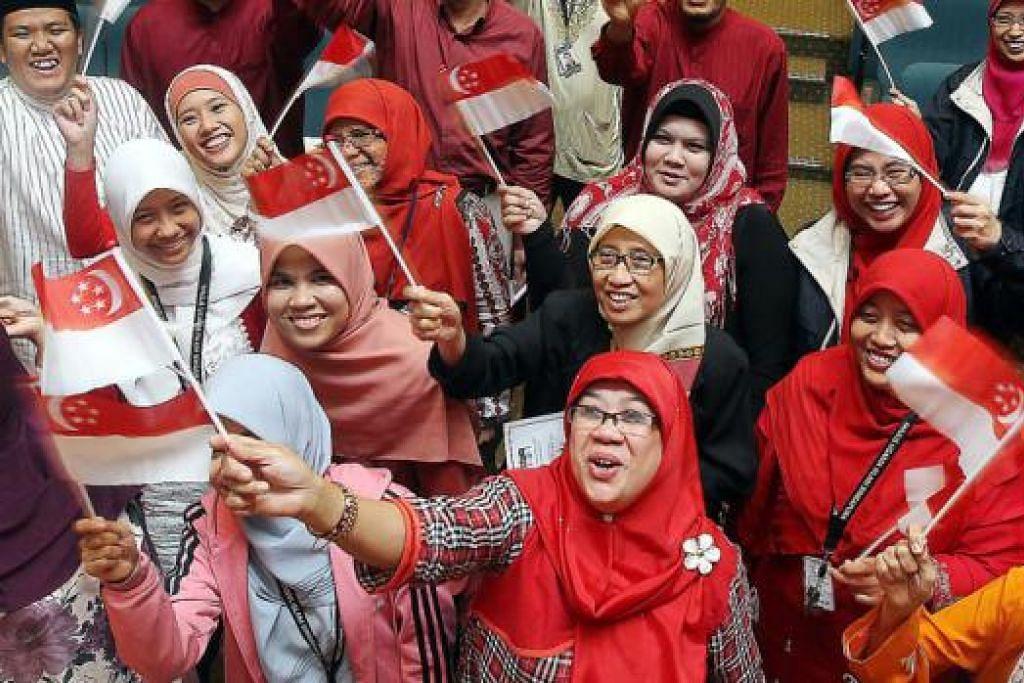 JADI CONTOH: Beberapa aspek pencapaian Melayu Singapura telah mula mendapat perhatian di persada antarabangsa khususnya di rantau ini. - Foto fail