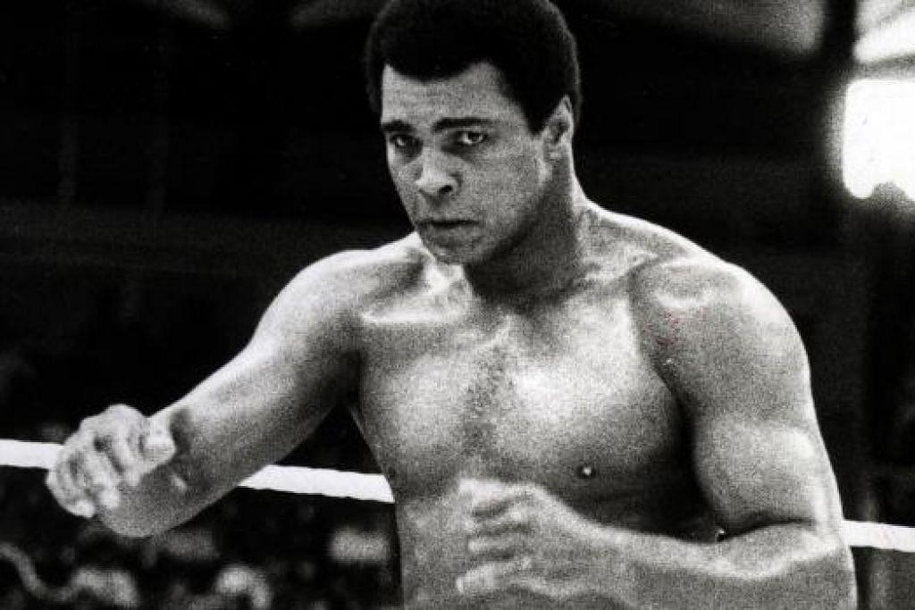 ATLIT KESAYANGAN DUNIA: Petinju, Muhammad Ali, 72 tahun.