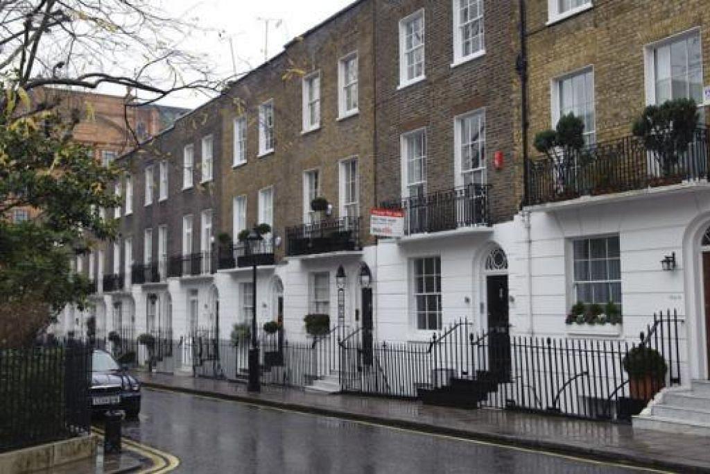 PASARAN LEMAH: Ketidakpastian dalam pasaran perumahan di London dipercayai berterusan sehingga pilihan raya pada Mei tahun hadapan, sebahagiannya disebabkan kebimbangan mengenai langkah politik untuk menghentikan peningkatan dalam perumahan tidak mampu dibeli. - Foto BLOOMBERG