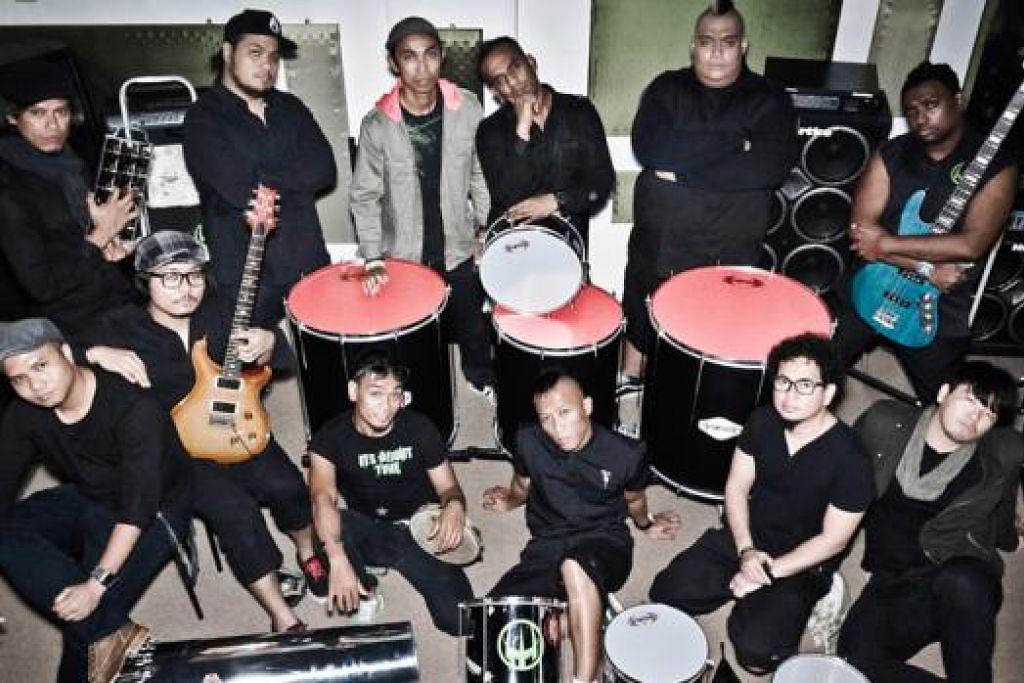 ARAH BARU: Wicked Aura Batucada kini menukar nama kepada Wicked Aura dan memperkenalkan semula kumpulan itu sebagai sebuah band yang boleh menyanyi dan bermain gitar elektrik. - Foto WICKED AURA