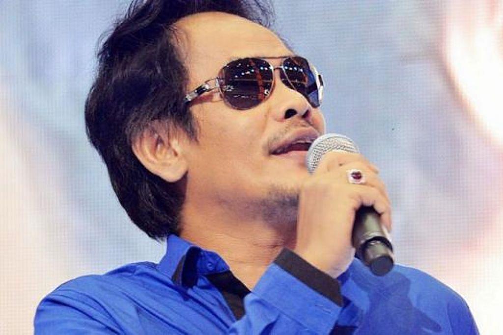 DEKATI PEMINAT SINGAPURA: Aris Ariwatan akan membuka tirai persembahan 'Dinner Unplugged' di Agrobazaar Malaysia pada Sabtu ini. - Foto SILENCE BLOGZ.COM