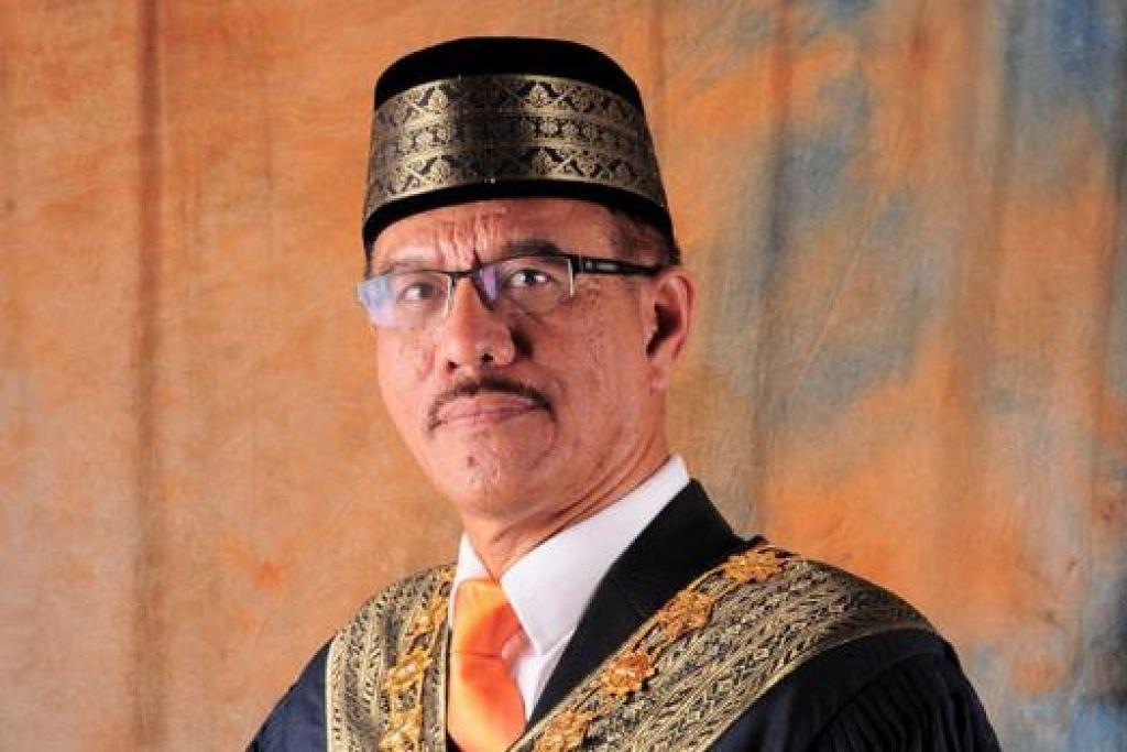 DATUK BANDAR MAJLIS BANDARAYA JB: Datuk Abdul Rahman Mohamed Dewam.- Foto THE STAR