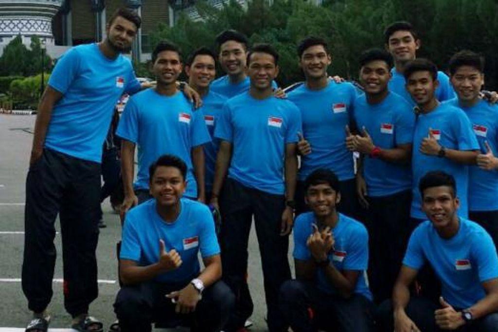 PENGALAMAN PAHIT: Skuad Bawah 21 Tahun Singapura mengalami kekalahan dalam kesemua lima perlawanannya di kejohanan merebut Trofi Hassanal Bolkiah yang disertai mereka pada Ogos lalu. - Foto fail
