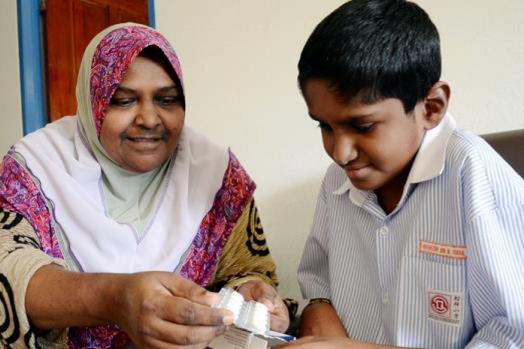 GEMBIRA DAPAT LANJUTKAN PELAJARAN: Hafeezur Rahman gembira dapat memasuki sekolah menengah tahun depan selepas tidak dapat menduduki PSLE tahun lalu akibat penyakit jantung.