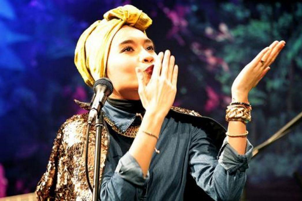 SETAKAT USIK-USIK SAJA: Yuna menganggap lagu Lelaki ciptaannya sebagai berbaur sindir-sindir sayang dan tidak bermaksud mengutuk lelaki habis-habisan. - Foto E!/NBCUNIVERSAL INTERNATIONAL TELEVISION