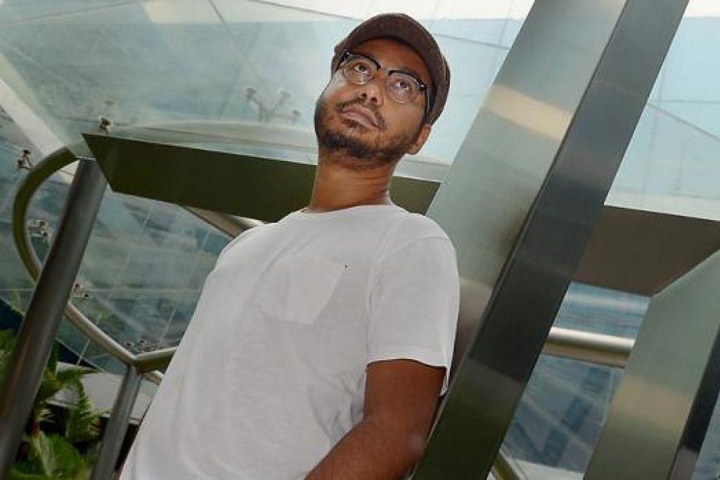 BIASA DI BELAKANG TABIR: Syed Ahmad tidak menduga akan dipelawa menyanyi dalam persembahan sejam Deep Soul Brotha di Studio Resital Esplanade, Jumaat ini. - Foto TUKIMAN WARJI