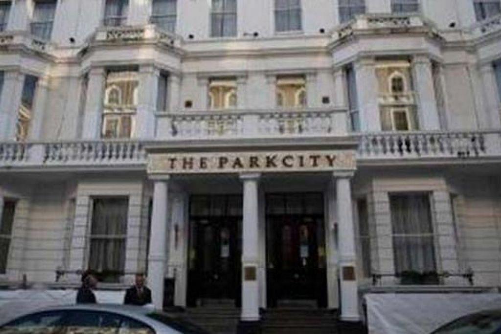 DIAMBIL ALIH: Grand Plaza Kensington di United Kingdom ini dibeli Lembaga Kemajuan Tanah Persekutuan (Felda). - Foto THE STAR