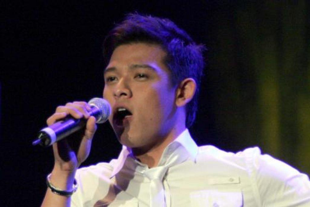 KEHILANGAN DIRASAKAN: Walaupun Hady Mirza tidak menyanyi lagi, peminatnya tetap memberi sokongan pada apa juga yang dilakukan bekas pemenang peraduan nyanyian realiti, Singapore Idol, ini. - Foto fail