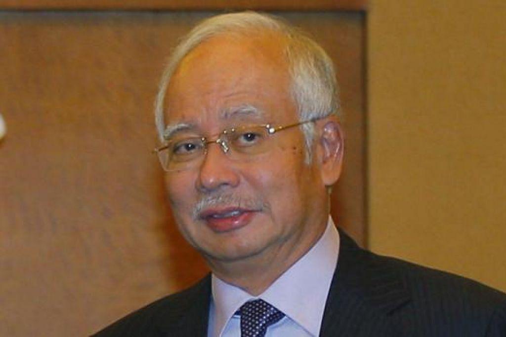 """""""Ingatan saya bersama keluarga-keluarga. Malaysia bersedia membantu."""" - Perdana Menteri Malaysia, Datuk Seri Najib Razak."""