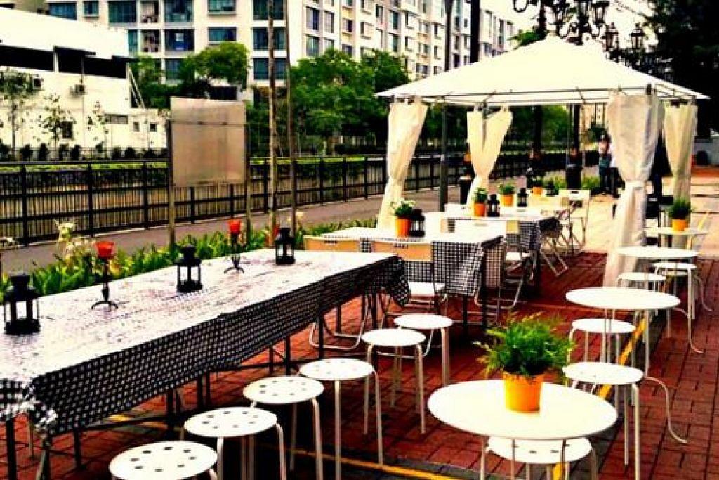 KONSEP ALFRESCO: Pengunjung ZF Cafe by Chef Zali yang duduk di meja bersebelahan dengan sungai dan pasu bunga kecil dengan lilin tersusun rapi atas meja serta gazebo putih akan rasakan diri mereka seakan-akan berada di luar negeri. – Foto-foto ZF Cafe