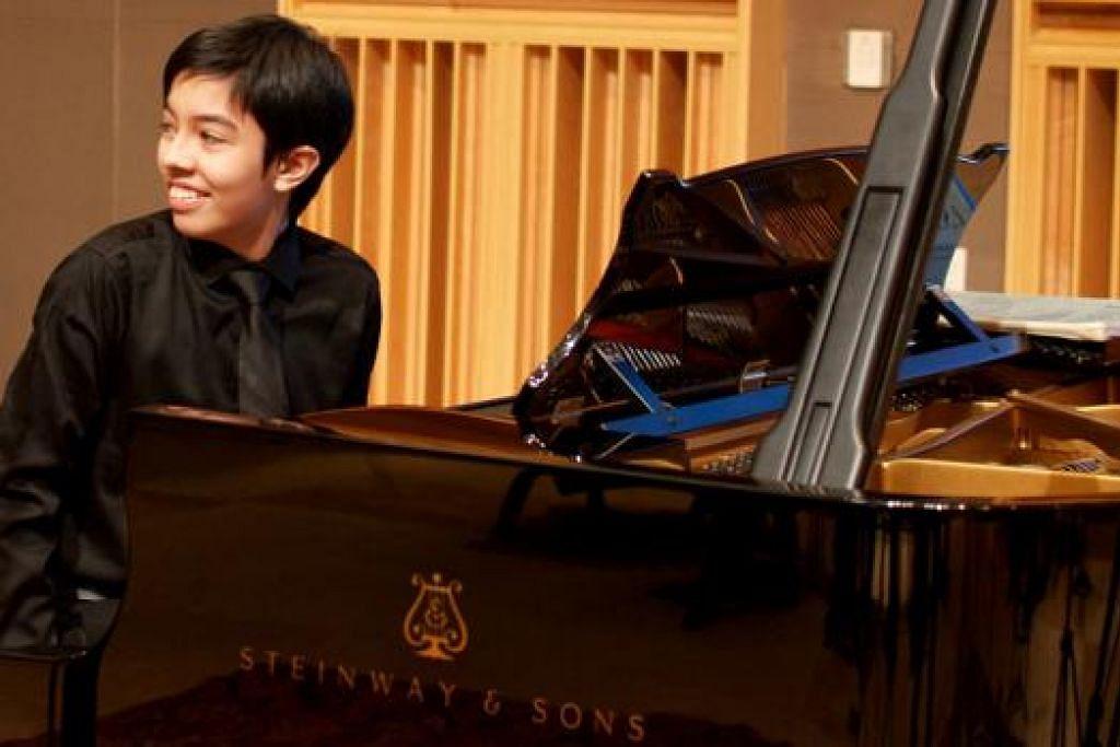 GENIUS PIANO: Pemain piano dan penggubah dari Malaysia, Tengku Ahmad Irfan Tengku, 16 tahun, yang dianggap seorang 'prodigi' akan membuat persembahan konserto bersama Orkestra Simfoni Singapura pada 30 Januari ini. - Foto SINGAPORE SYMPHONY ORCHESTRA