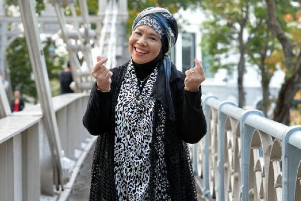PENUAAN AKTIF: Kegiatan seni penyanyi veteran Rahimah Rahim membolehkan mindanya aktif bergerak dan beliau sedia mempelajari perkara baru untuk menyahut cabaran dalam persada seni. - Foto-foto M.O.SALLEH