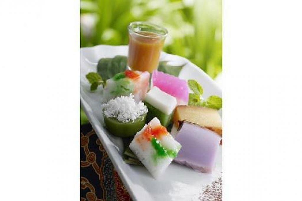 MUZIUM PERANAKAN: Kuih tradisi kaum Baba yang serupa kuih Melayu tetapi dipanggil kuih Nyonya. - Foto fail