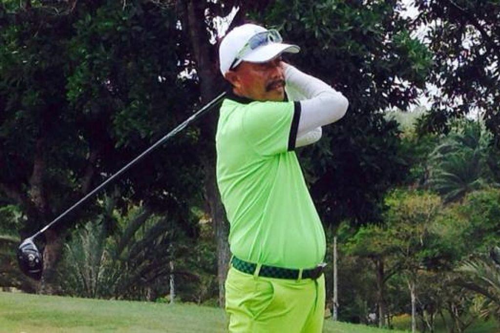 KINI SERING DI PADANG GOLF: Cikgu Sies mula 'sibuk' dengan golf pada sekitar 2004 untuk dijadikan sebagai kegiatan sihat tatkala menjangkau usia persaraan. - Foto ihsan SIES SENAN